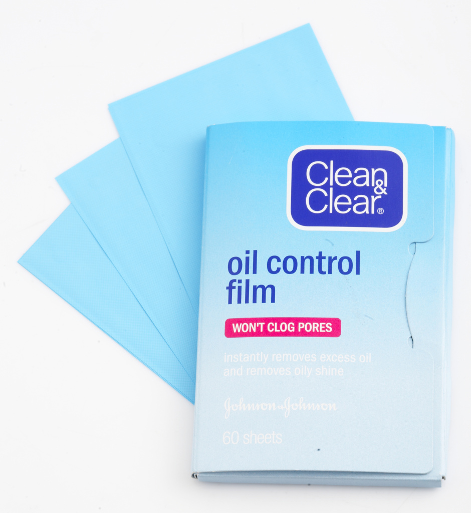 clean-and-clear-oil-control-film